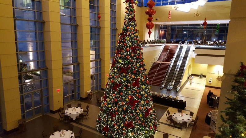 perfect christmas party location branson convention center - When Does Branson Mo Decorate For Christmas